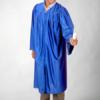 Toge satinée bleue pour remise de diplôme
